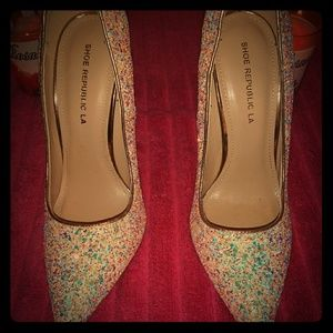 Heels. Different colors  only worn once